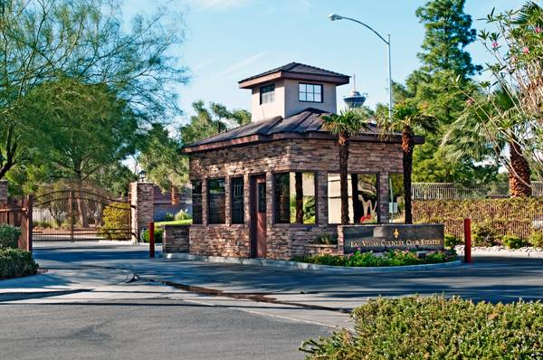 Las Vegas Country Club Entry