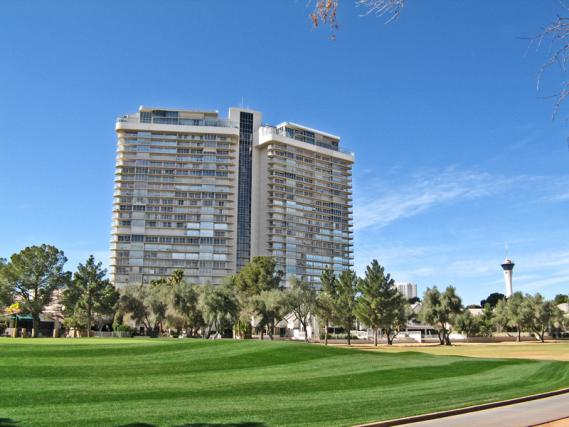 Regency Towers Las vegas High Rise on the Guard Gated Las Vegas Country CLub
